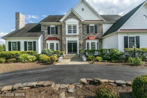 37195 Bolyn Rd, Purcellville, VA 20132